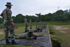 latihan-menembak-putera-tingkatan-5-3